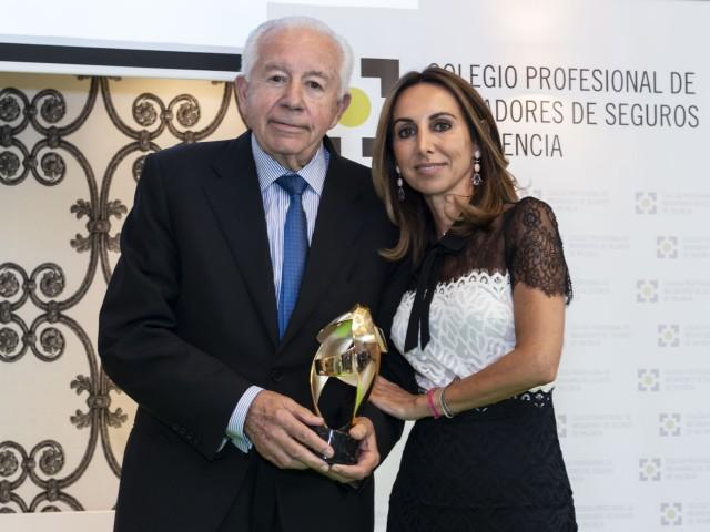 EnriqueRico rep el premi l'Estimat del Col·legi Professional de mediadors d'assegurances de València