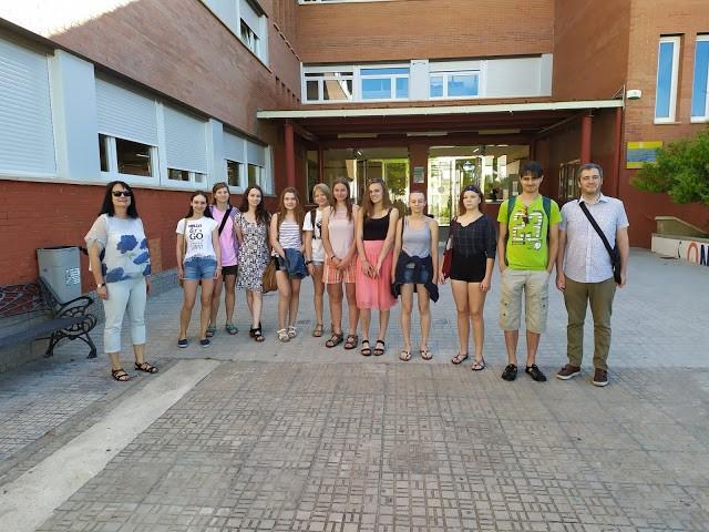 Estudiants xecs coneixen el patrimoni alcoià gràcies a un intercanvi amb l'Andreu Sempere