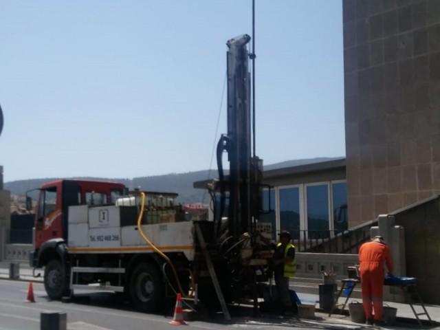 El Pont de Sant Jordi és sotmés a sondejos abans d'escometre la tercera fase de rehabilitació