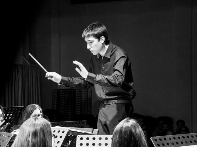 Jordi Monllor dirigeix en l'actualitatla Societat Musical L'Aliança de la Torre de les Maçanes.