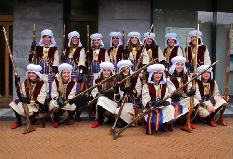 Grup de dones dels Marrakesch que van participar en la Segona Diana l'any 2013.