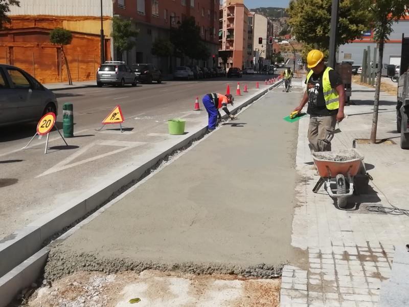 Obres del carril ciclista-vianant / Obres i serveis Alcoi.
