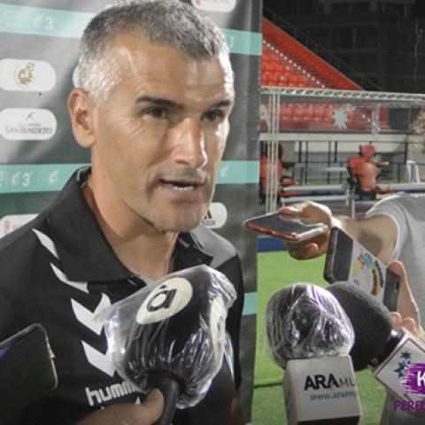 VicenteParras,ÓscarDíaz, AlbeldaiAlexChico, després de l'Alcoyano- Atzeneta en el play-offexpress