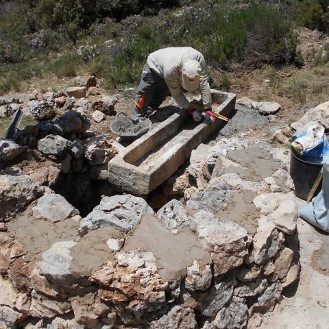 El Parc Natural de la Font Roja recupera el pou d'aigua de Nouer
