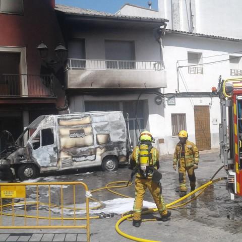 Benimarfull pateix un incendi en plenes festes patronals