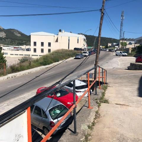 Empresaris del polígon de laBeniata, critiquen la situació de la xarxa elèctrica i telefònica