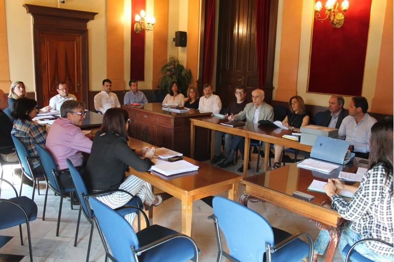 Comissió Informativa de Dinamització Econòmica a l'any 2016 / Facebook Ajuntament d'Alcoi.