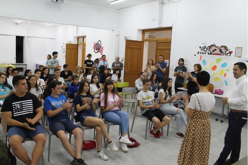 Sessió al Centre Cervantes Jove