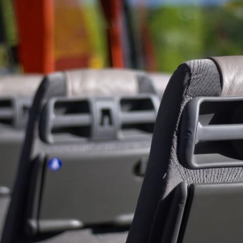 Aprovat el nou servei de transport en autobús entre Alcoi i Alacant