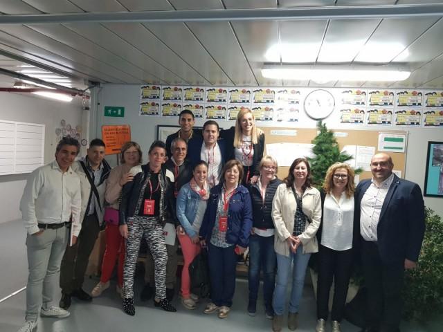 Membres de la llista municipal del PSPV Muro durant la jornada electoral d'aques 26 de maig.