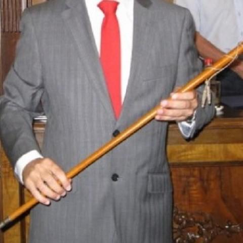 La vara de batlle, l'element més cobdiciat durant la investidura dels ajuntaments.