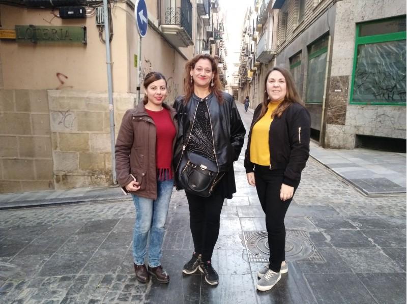 Marina Pons, MariaNaielyLunai CristinaCarmen/, AM
