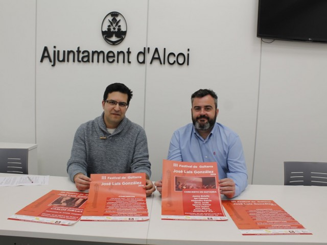 Joan Aracil i Raül Llopis a la presentació de la III Edició del Festival de Guitarra José Luis González / Ajuntament d'Alcoi