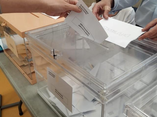 El PSOE es converteix en el partit més votat en Alcoi per a les Generals amb 12.261 vots