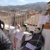 Els Nanosenvaeixenels carrers del barri del Raval de Cocentaina
