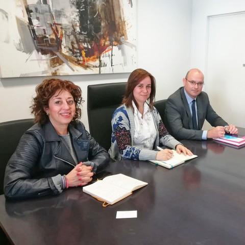 Representants de l'Ajuntament de Xixona, IVACE i Districte Digital s'han reunit a Xixona.