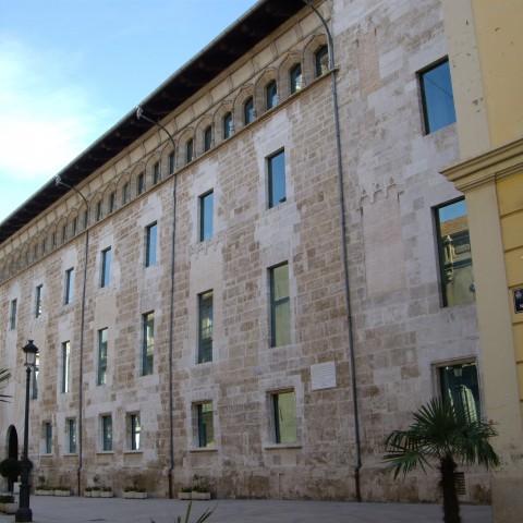 Façana de les Corts valencianes / Joanbanjo