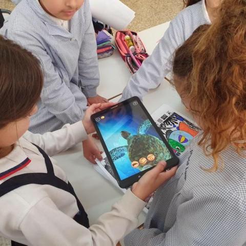 Alumnes de les Esclaves aprenen sobre els oceans