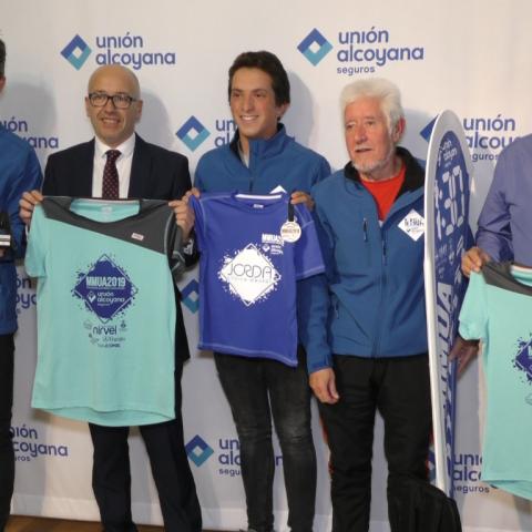 Presentació de camisetes Mitja Marató Unión Alcoyana