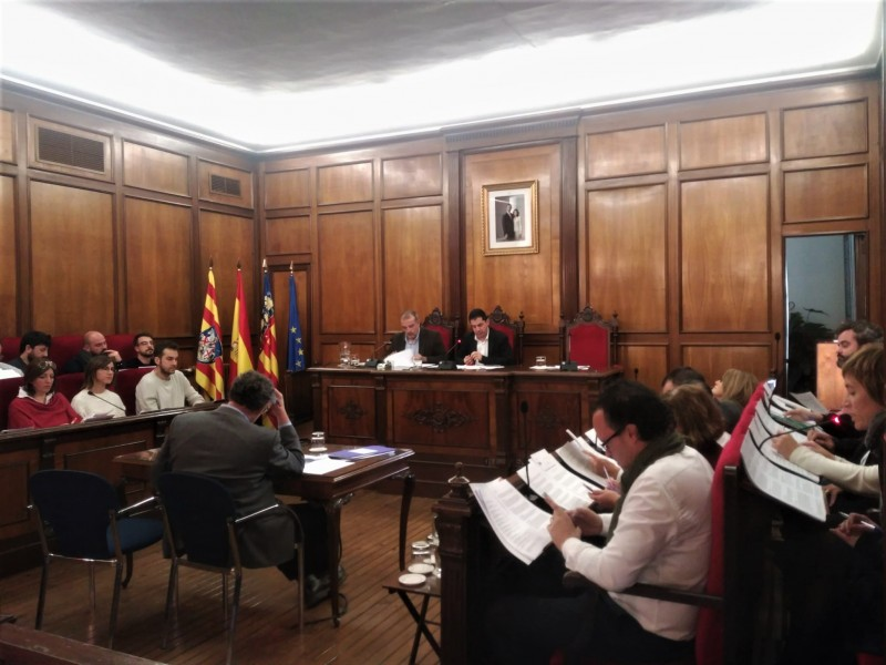 Ple municipal en l'Ajuntament d'Alcoi.
