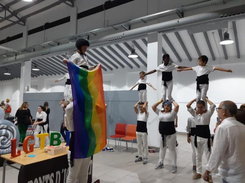 Acte de presentació d'un col·lectiu LGTBI en Alcoi.