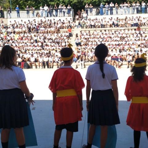Els centres escolars celebren el 9 d'Octubre