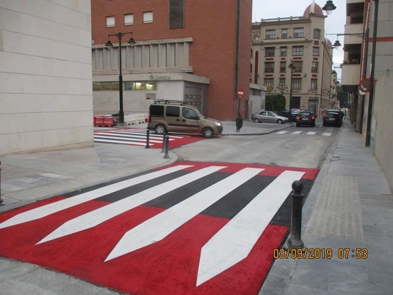 Pas elevat a la plaça Emilio Sala / Ajuntament Alcoi