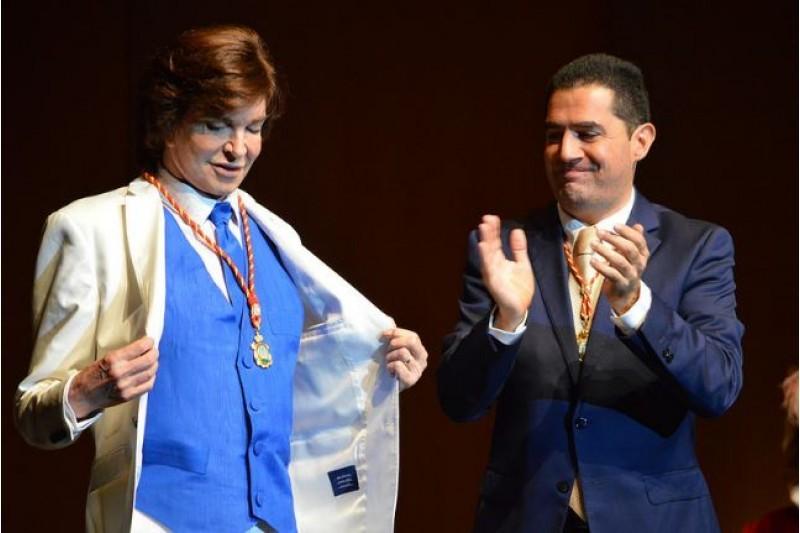 Camilo Sesto, en l'homentage rebut en Alcoi a 2016