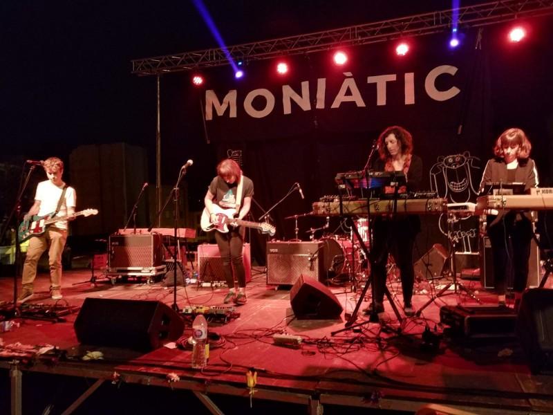 Actuació de Júlia en l'edició del 2018 / Facebook Moniàtic