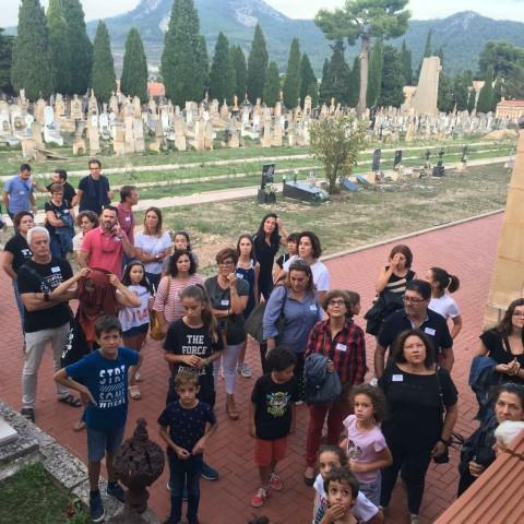 Èxit de participació en la ruta al cementiri