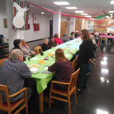 Aquest 29 d'octubre ha tingut lloc un esmorzar on els familiars han pogut acompanyar els residents.