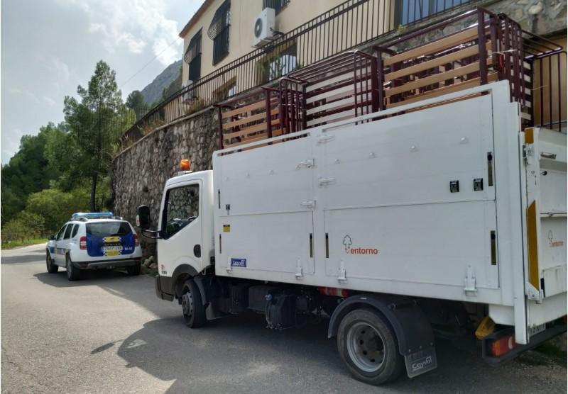 Transport de lliteres / Ajuntament de Cocentaina