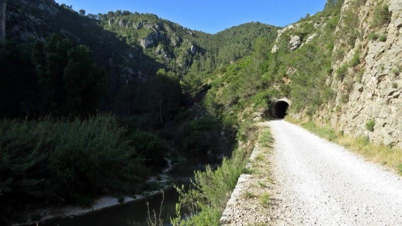 Travessarem tots els túnels i eixirem