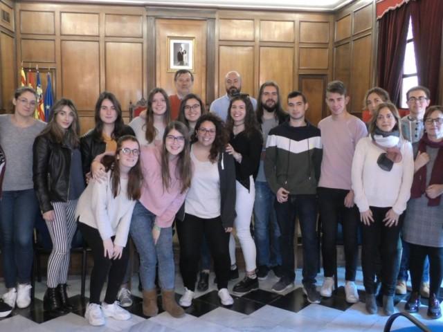 El regidor de Formació, Manolo Gomicia, ha acomiadat els alumnes abans que marxen a l'estranger.