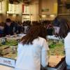 Participants de la First Lego Leage desenvolupant els seus projectes.