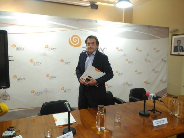 El director general d'AITEX,VicenteBlanes, després d'anunciar a la premsa les novetats de la nova seu.