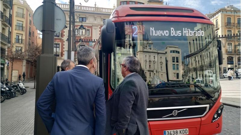 Autobús híbrid que Alcoi disposa en termini de prova durant 6 mesos.