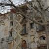 Edifici a la placeta de les Eres que entre en els plans de demolició de l'Ajuntament.