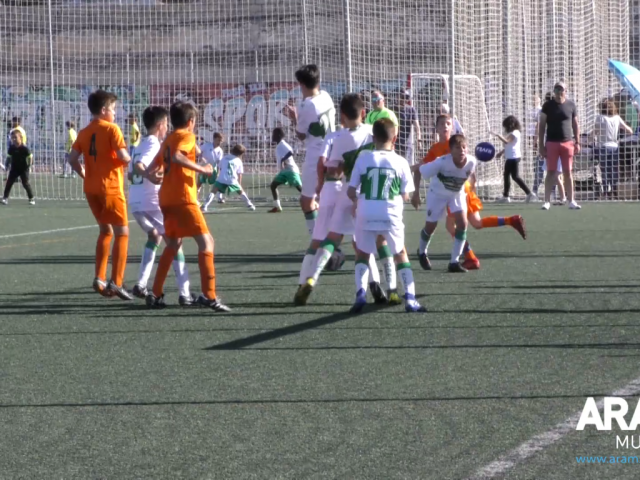 Un partit de futbol a Alcoi