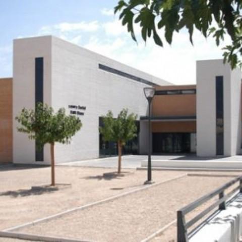 Centre social Real Blanc, on tindrà lloc la presentació i defensa de les propostes.