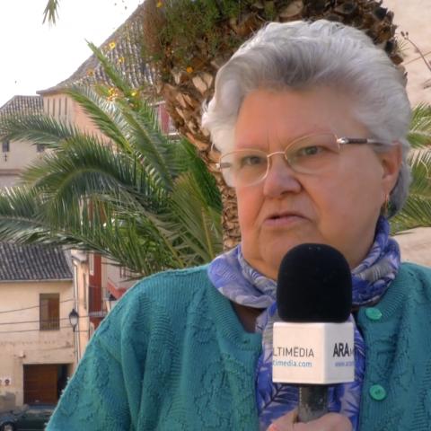 Coneix a Nieves Sánchez, veïna del Raval de Cocentaina que ens conta l'essència dels Nanos