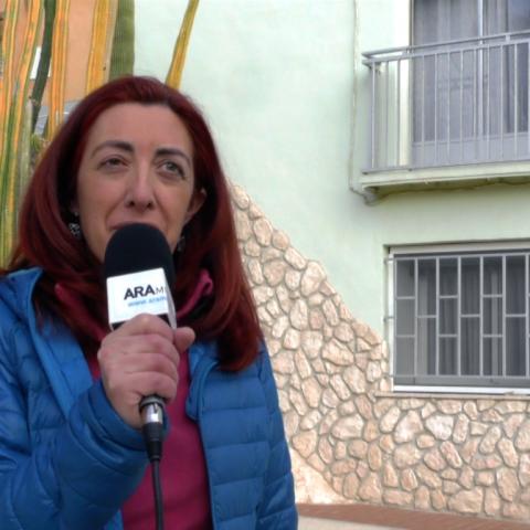 Maite Valls, veïna del Raval, anima a tothom a viure la Festa dels Nanos