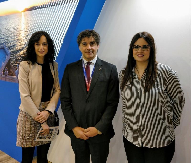 Alcaldessa i regidora de Fira amb el Secretari Autonòmic de Turisme.