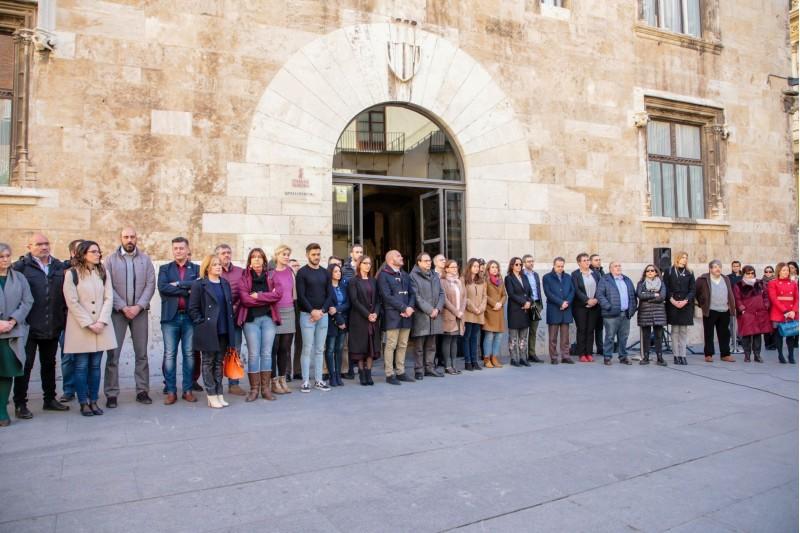 Protesta del 12 de febrer al Palau de la Generalitat per la mort d'una dona a Planes.