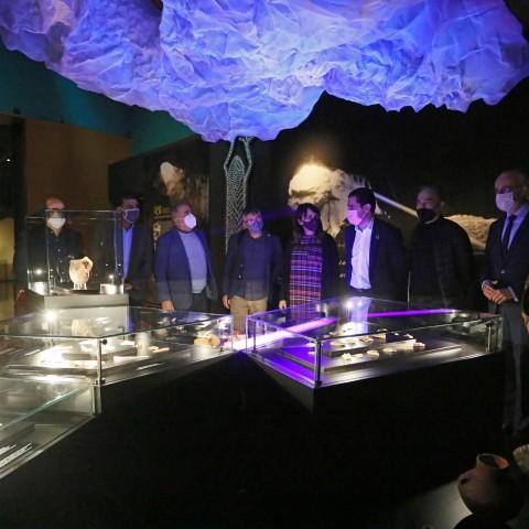 Visita a l'exposició de la Cova de l'Or al MARQ / AM
