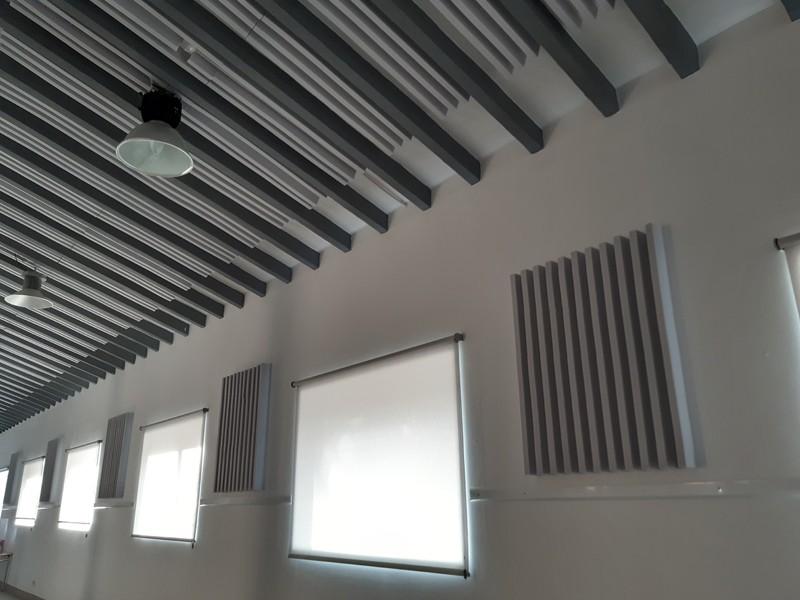 Panells acústics a l'interior de l'Àgora / Foto: Ajuntament d'Alcoi