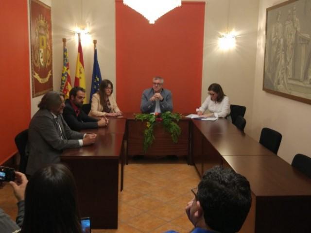 Moment en que Josep Manel Francés fou elegit a la mitjanit com alcalde sense la presència del PP en 2019 / AM