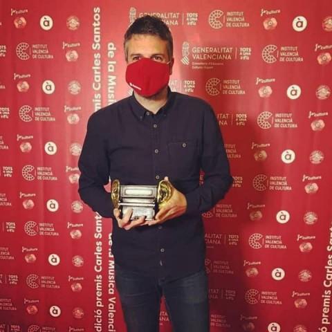 Andreu Valor triomfa als III Premis CarlesSantosamb 'Insurrecte'.