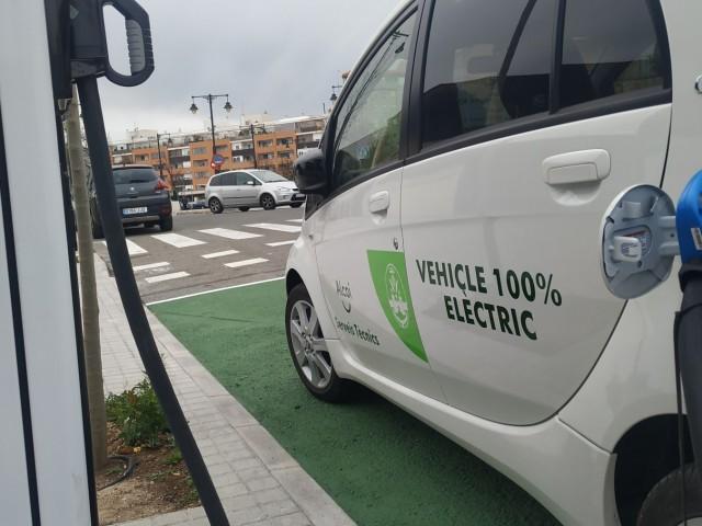 Un vehicle elèctric municipal / Ajuntament d'Alcoi
