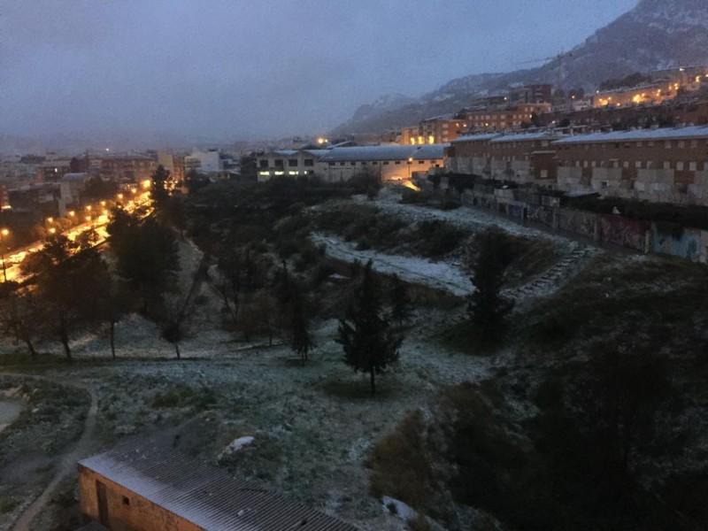 La neu arriba a Alcoi / AM